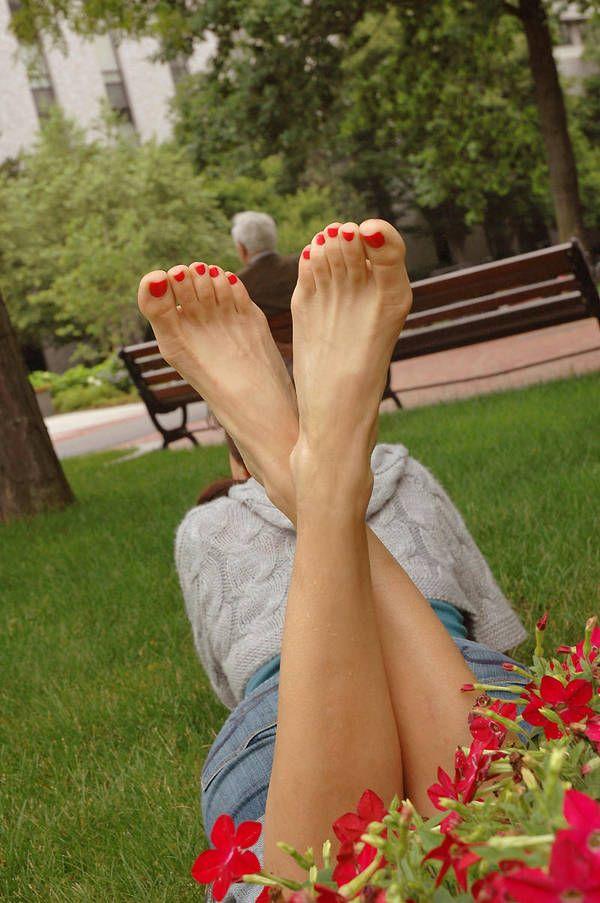 фото прекрасных ступней красивая, торжественная только
