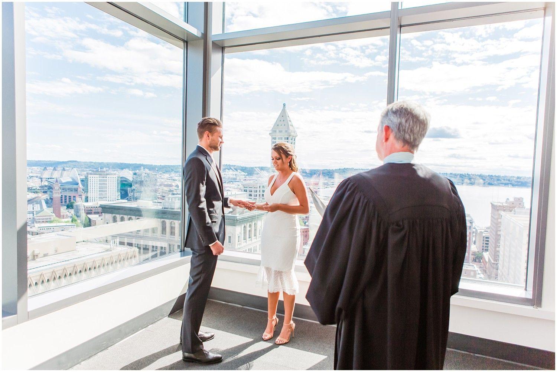 Bartosz Kathryn S Seattle Courthouse Wedding Munil Court