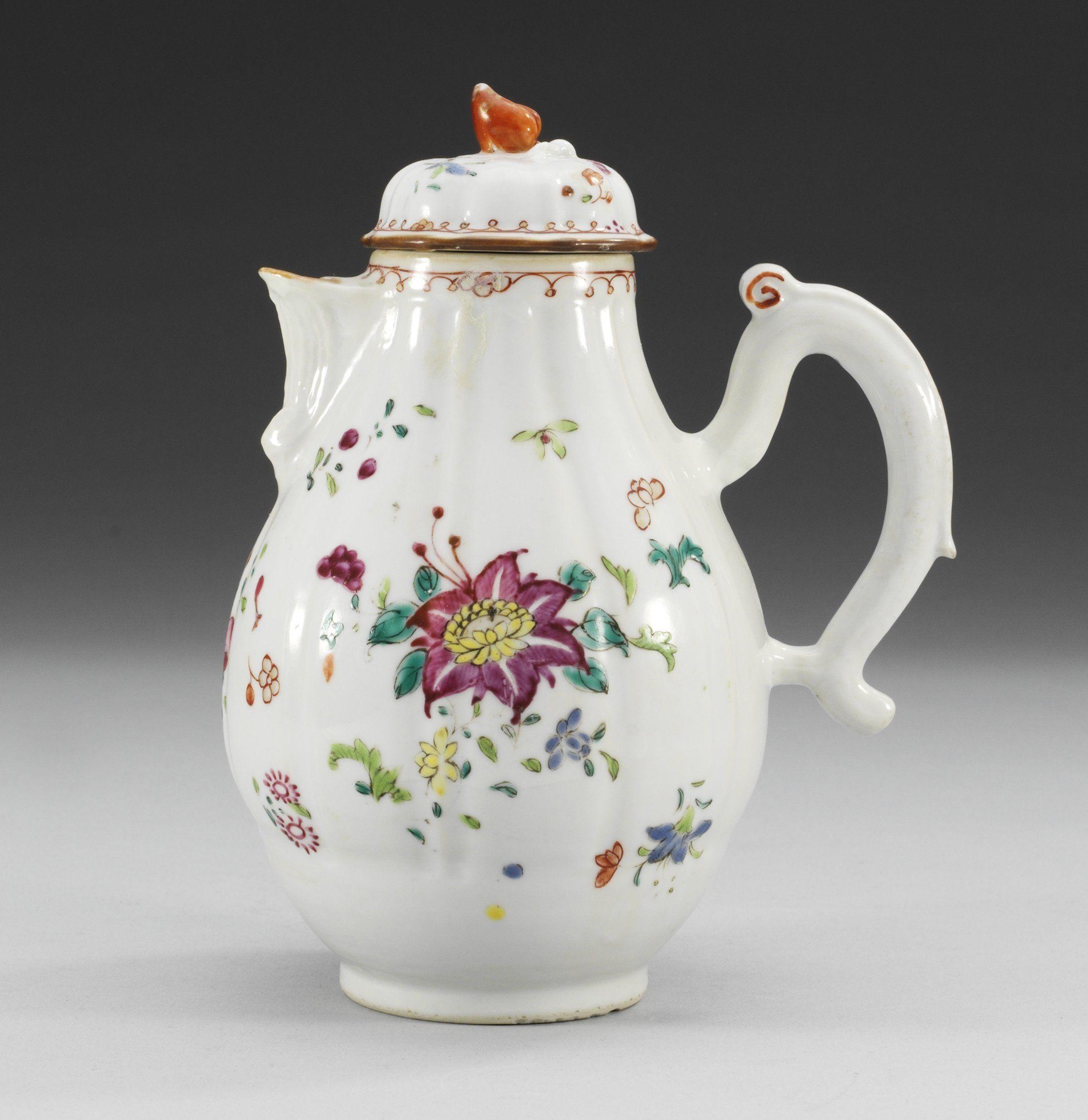 Famille rose coffee pot, Qing Dinasty, Qianlong (1736-95)