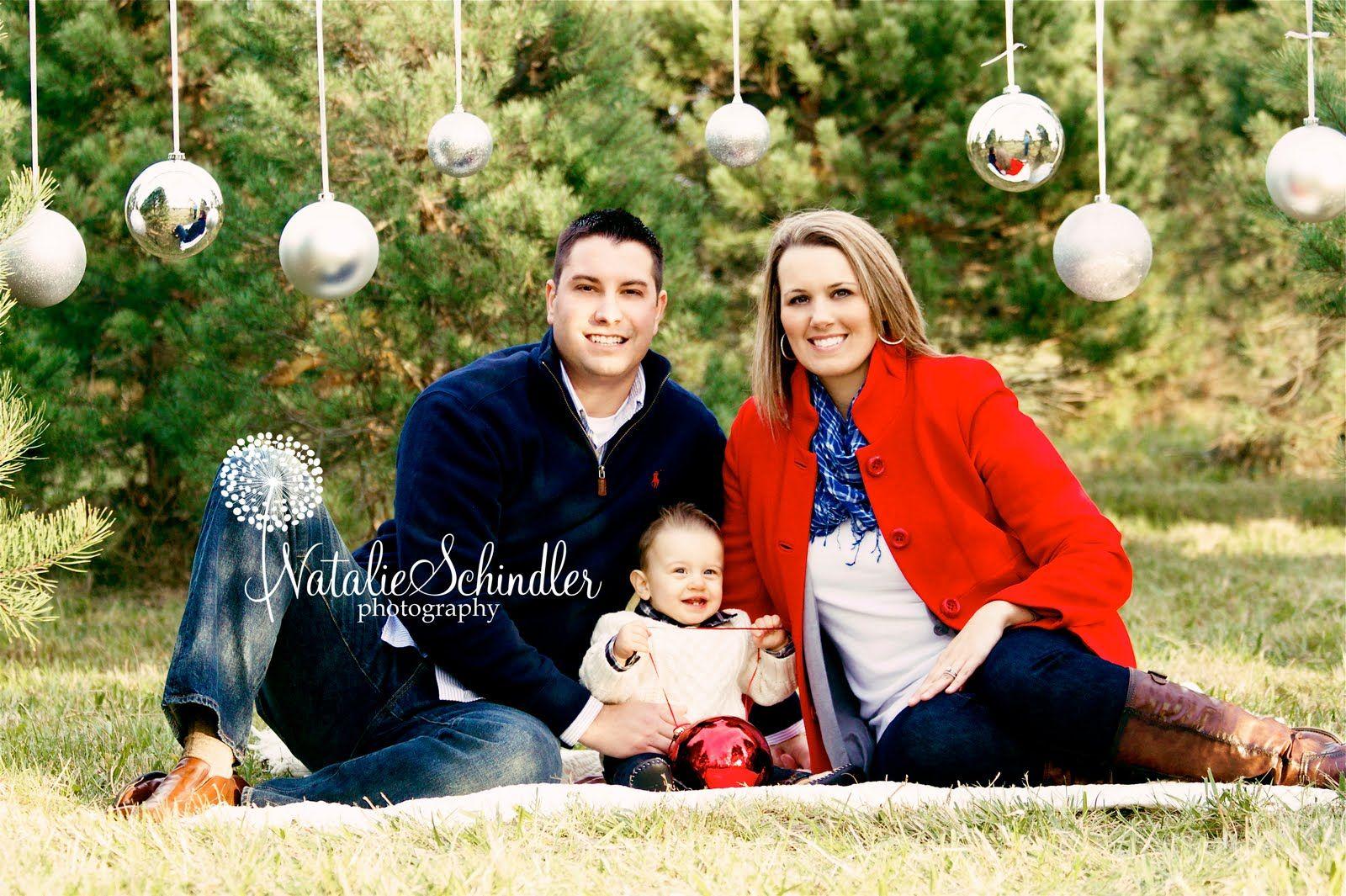 Outdoor Christmas Photo Shoot Ideas Natalie Schindl...