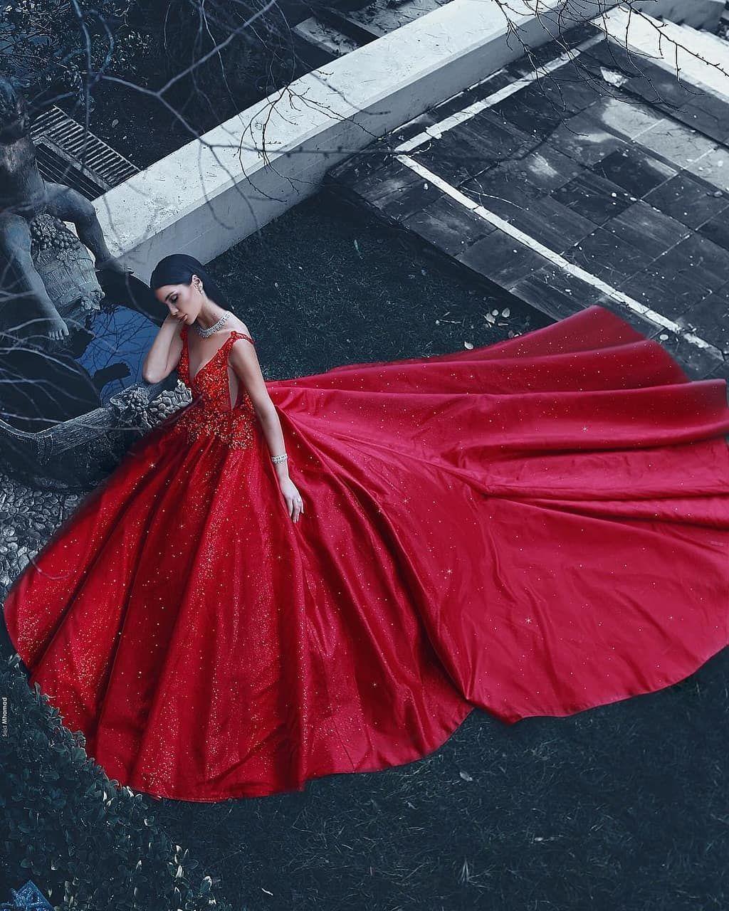 pin von otto von auf gowns & evening dressesaarianna