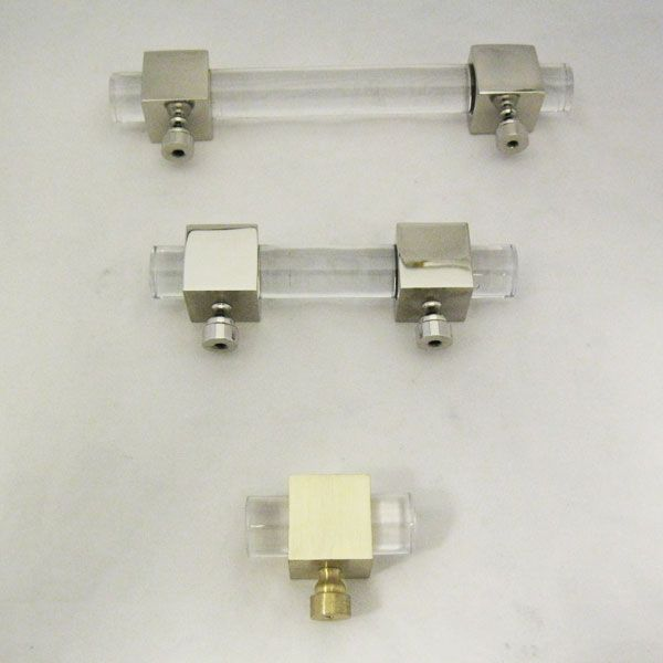 Cube And Crown Lucite Pull   3/4 D