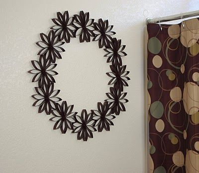 $1 Decor Paper Flower Wreath - Happiness is Homemade IDEAS Y