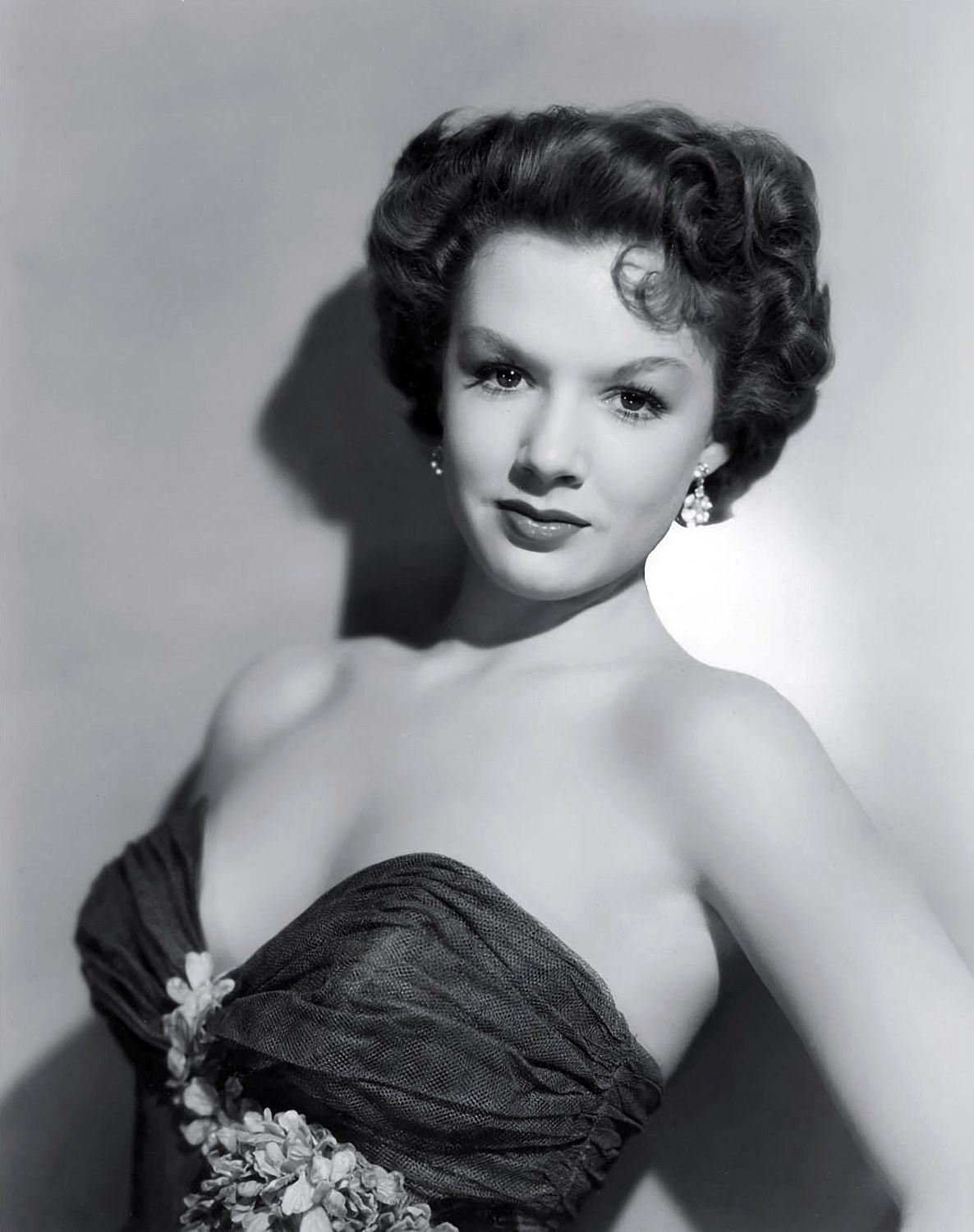 Piper Laurie the thorn birds