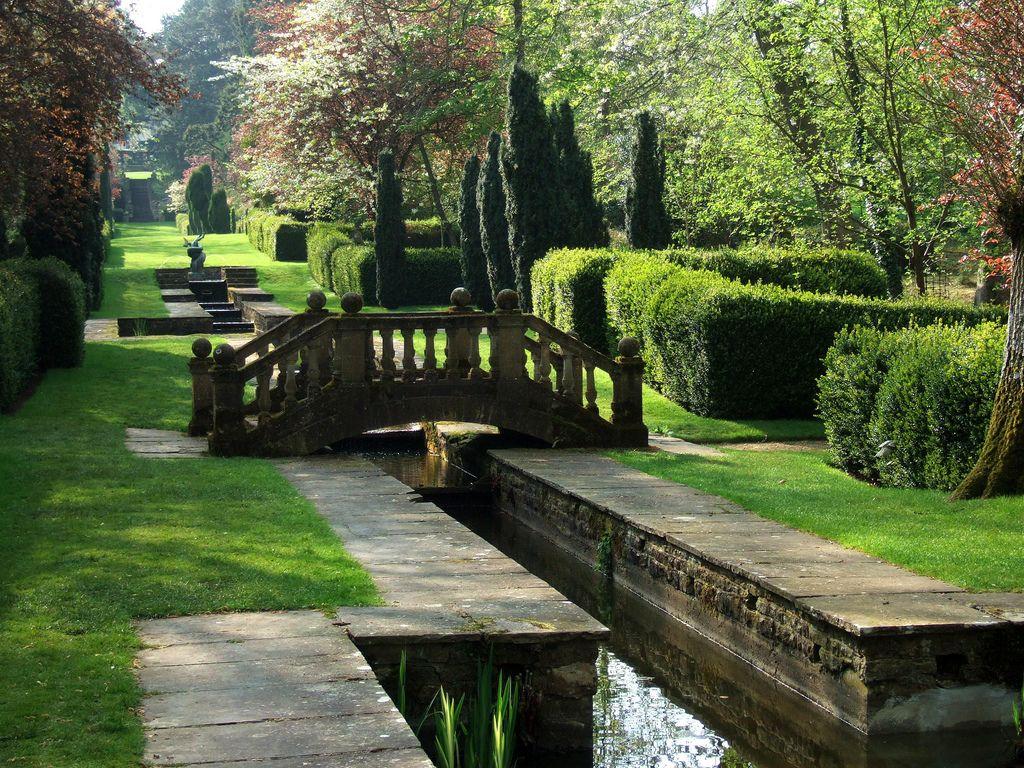 Buscot Park Oxfordshire Garden Architecture English Garden Garden View