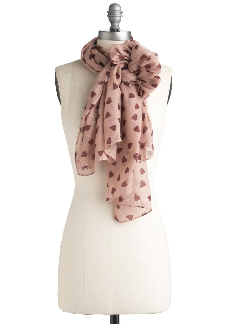 What a cute scarf! Love the way it's tied here, too! $15, modcloth.