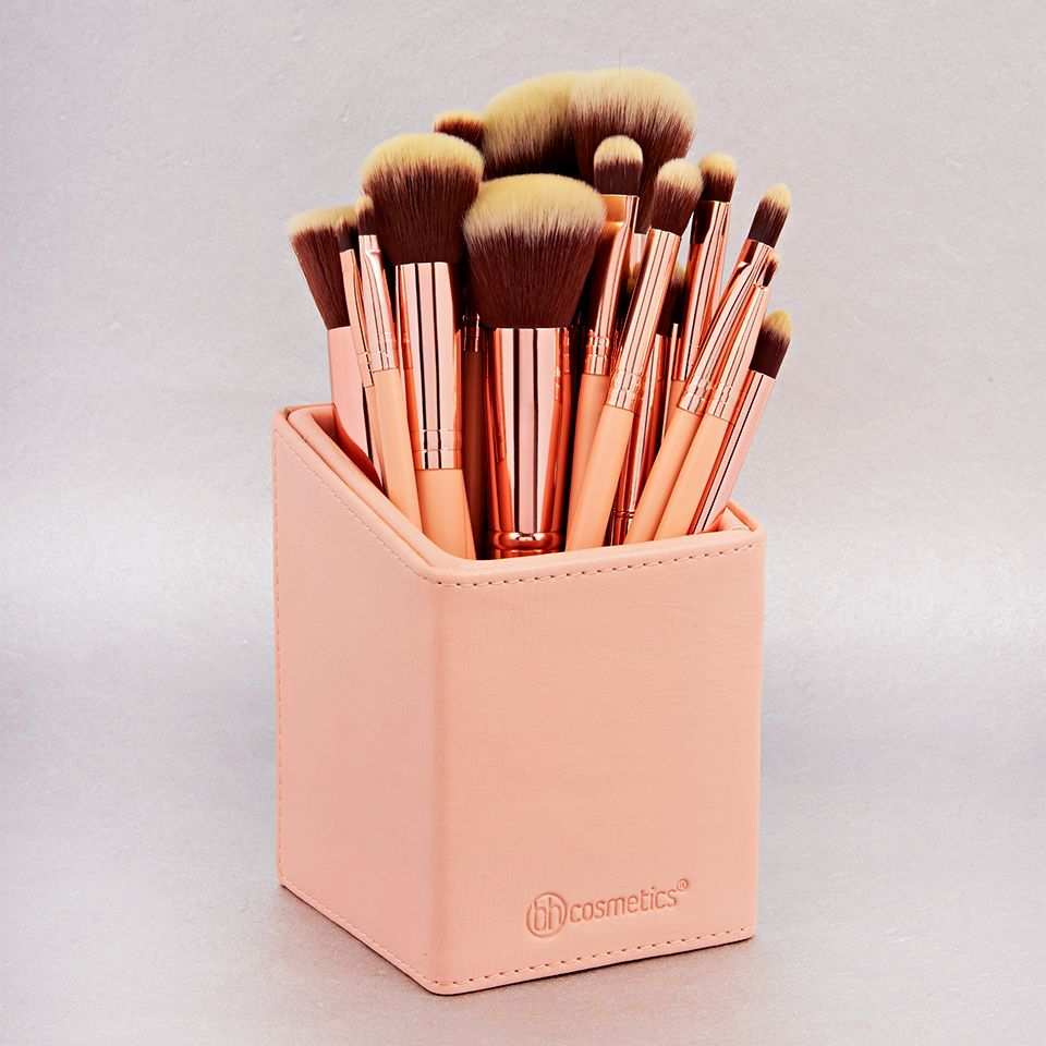 d5d9f5b9eb628 BH Cosmetics BH Chic Brush Set and Angled Brush Cup Holder ☼☽   ElizSophShort ☾☼