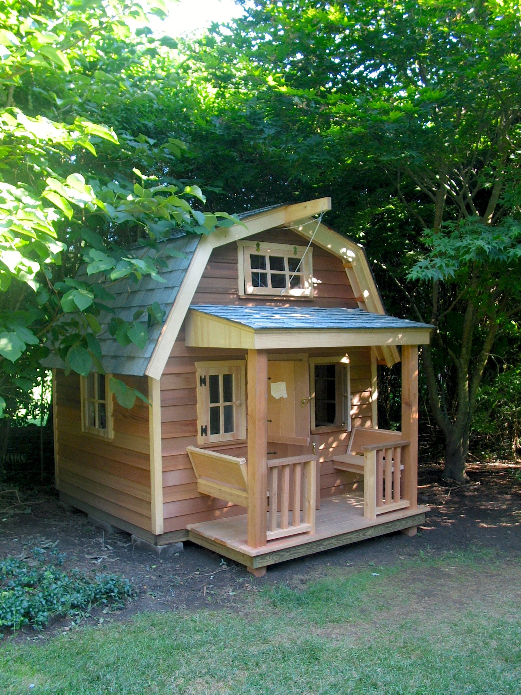 build this gambrel roof playhouse for your kids this summer and
