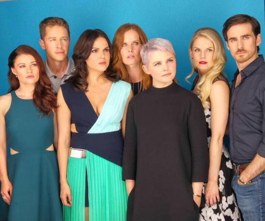 entertainmentweekly: #OUAT at #EWComicCon!!!
