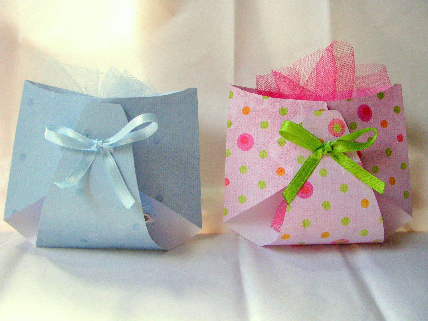 For Game Gifts Instead Of Bags Wrap With Tissue Tie With Tulle On