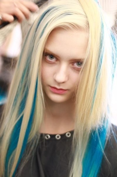 Blue Streaks In Blonde Edgy Hair Hair Inspo Color Hair Styles