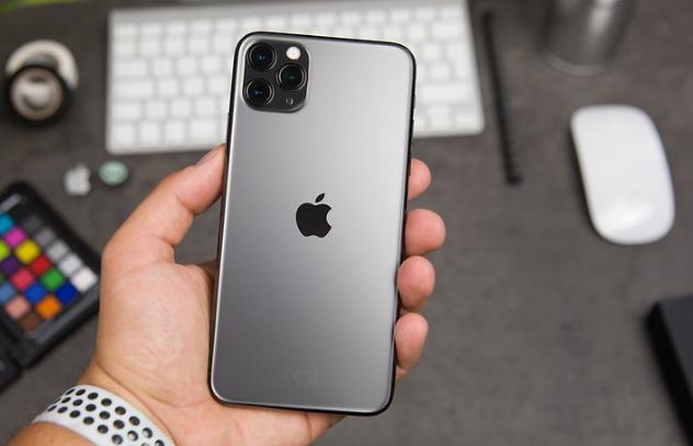 إختبارات قاسية يتعرض لها أيفون 11 برو ماكس فيديو Iphone Iphone 11 Electronic Products