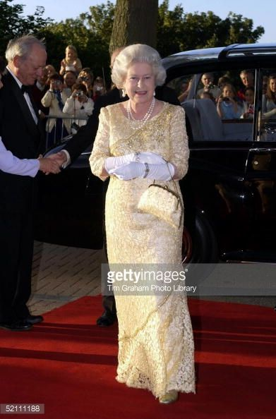 queen elizabeth at 86