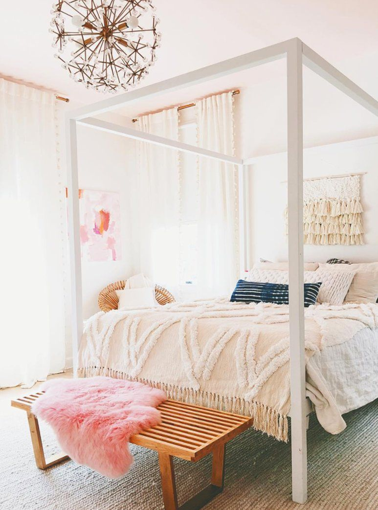 Paint your bedroom walls in pastel shades