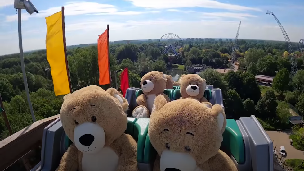 VIDEOS 🎥 A new trend has emerged at the theme parks