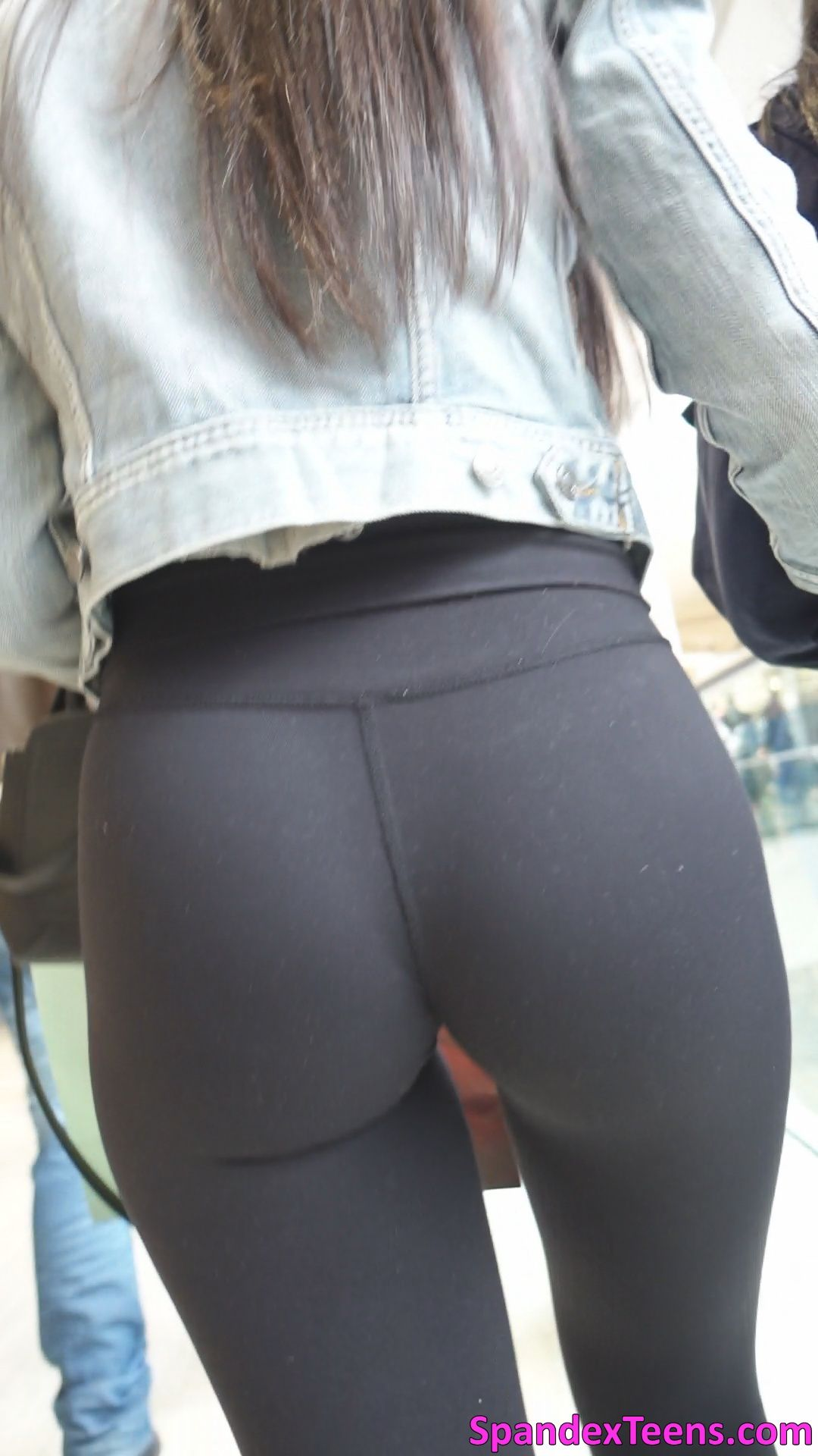 Spandex Teens Hd Candid Videos Page 6 Tight Pants In Cloudy