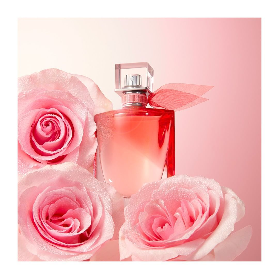 La Vie Est Belle En Rose Beautiful Perfume Bottle Fragrance Beautiful Perfume