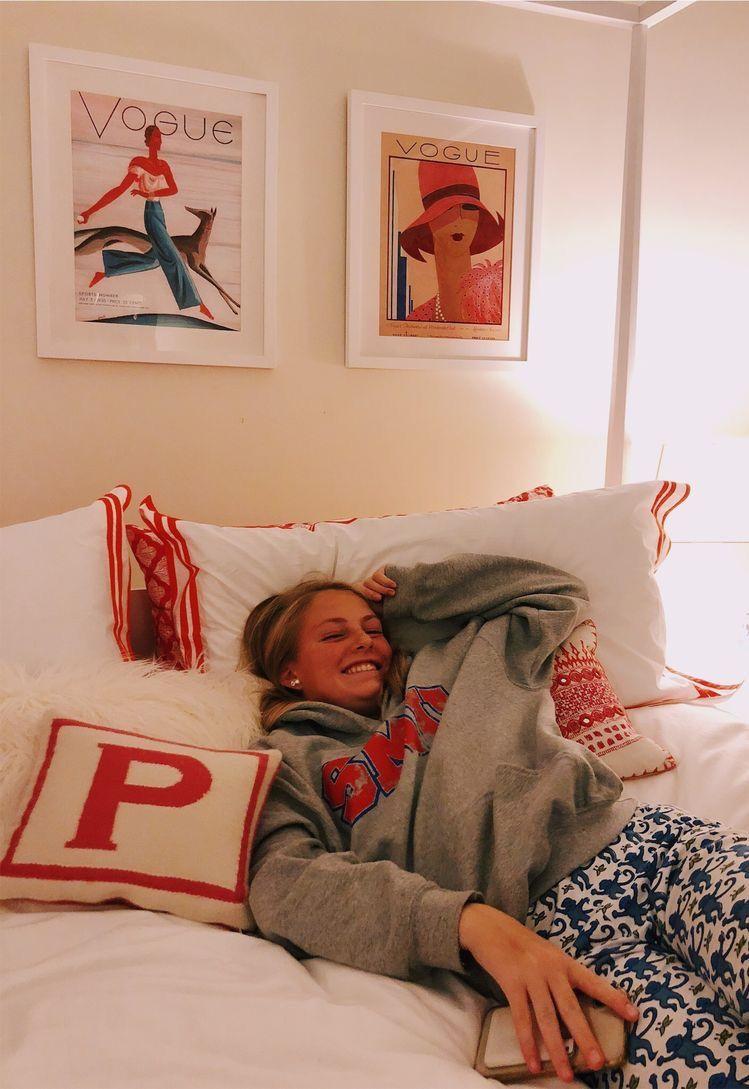 Dream Dorm Room: Dorm Room Decor, Red Dorm, Dorm