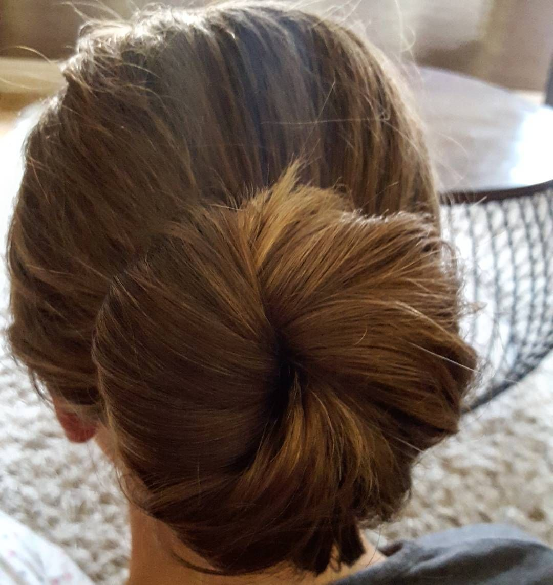 A Day For A Bun Simple And Stylish Bun Hairup Pinnedup Hair Styling Hairstyles Bridal Weddinghai In 2020 Mobile Hair Stylist Up Hairstyles Thick Hair Styles