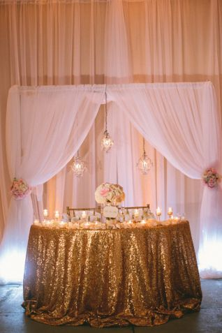 gold sequin table cloth | sweetheart table | Pinterest ...