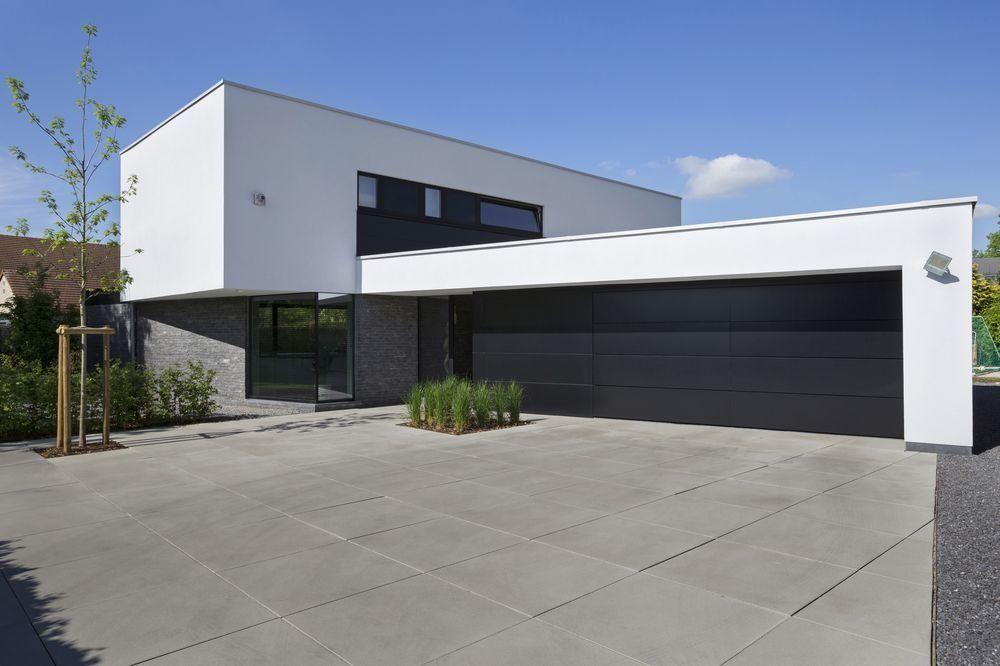 En images une maison moderne et épurée aux volumes audacieux