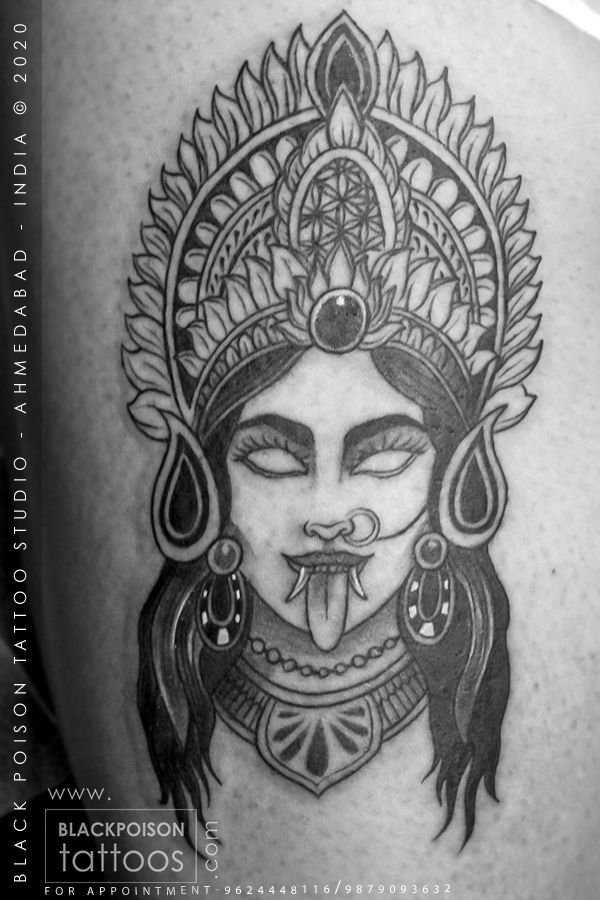 Mahakali is a hindu goddess of death and time and is often associated with violence but is also considered a strong mother-figure. #tattoo #kalitattoo #kalimaa #mahakali #shivshaktitattoo #orientaltattoo #tattoos #bigtattoo #tattooer #tattooartist #indiantattoo #religioustattoo #tattoodesign #tattoostyle #ttatooideas #uniquetattoo #tattoogod #blackandgreytattoo #lineworktattoo