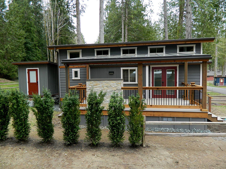 Wildwood lakefront cottages park models west coast for Cottage modulare suocera