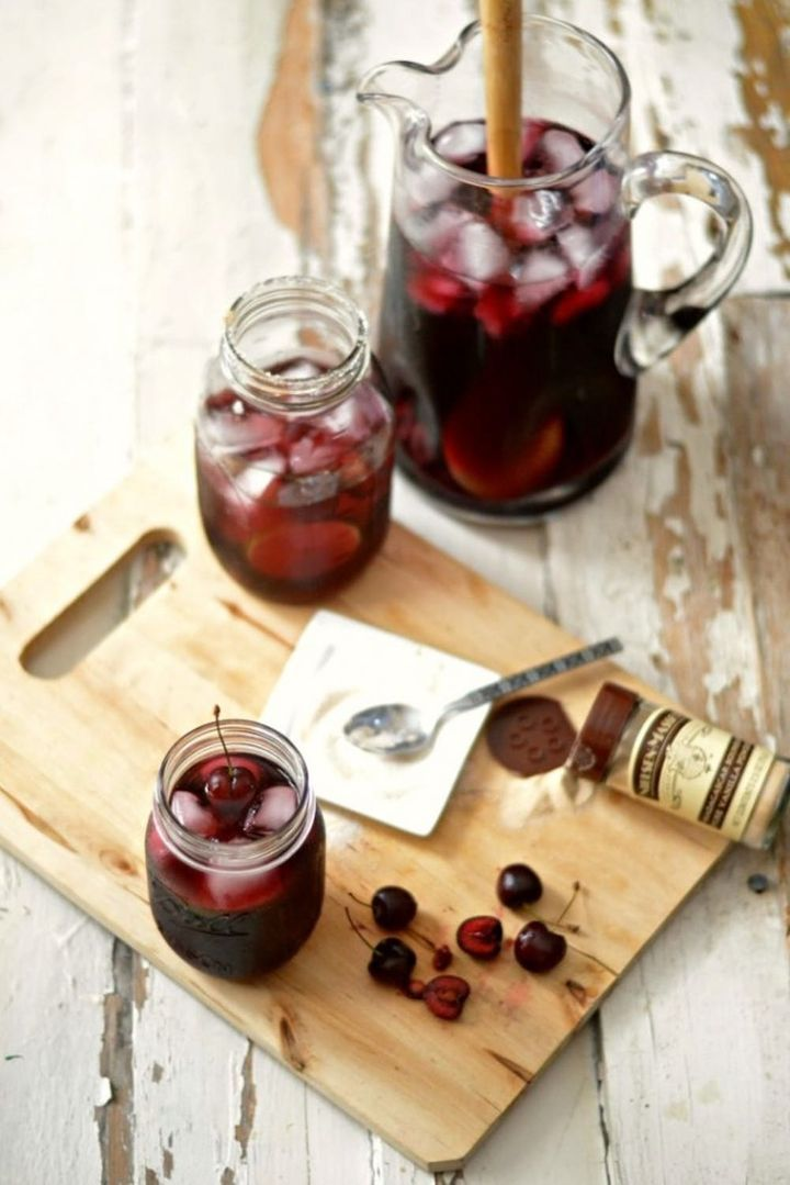 16 Out-of-the-Ordinary Sangria Recipes for EVERY Pool Party #sangriarecipesred 16 Out-of-the-Ordinary Sangria Recipes for EVERY Pool Party