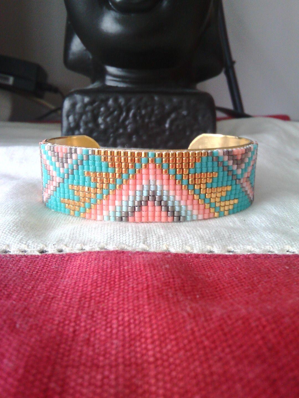 manchette en perles tissées miyuki delicas sur bracelet en laiton : Bracelet par ohana64
