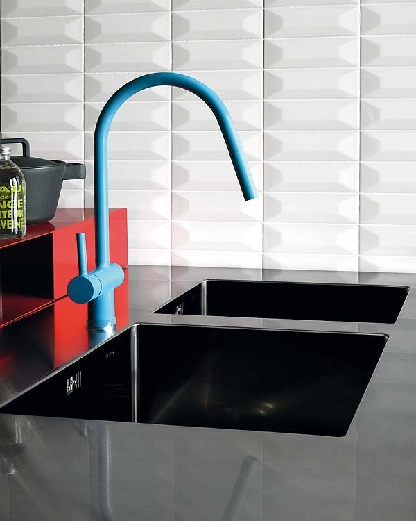 Colourful Kitchen Tap Blue Kitchen Tapware Kitchen Details - Colorful-kitchen-faucets-from-zucchetti