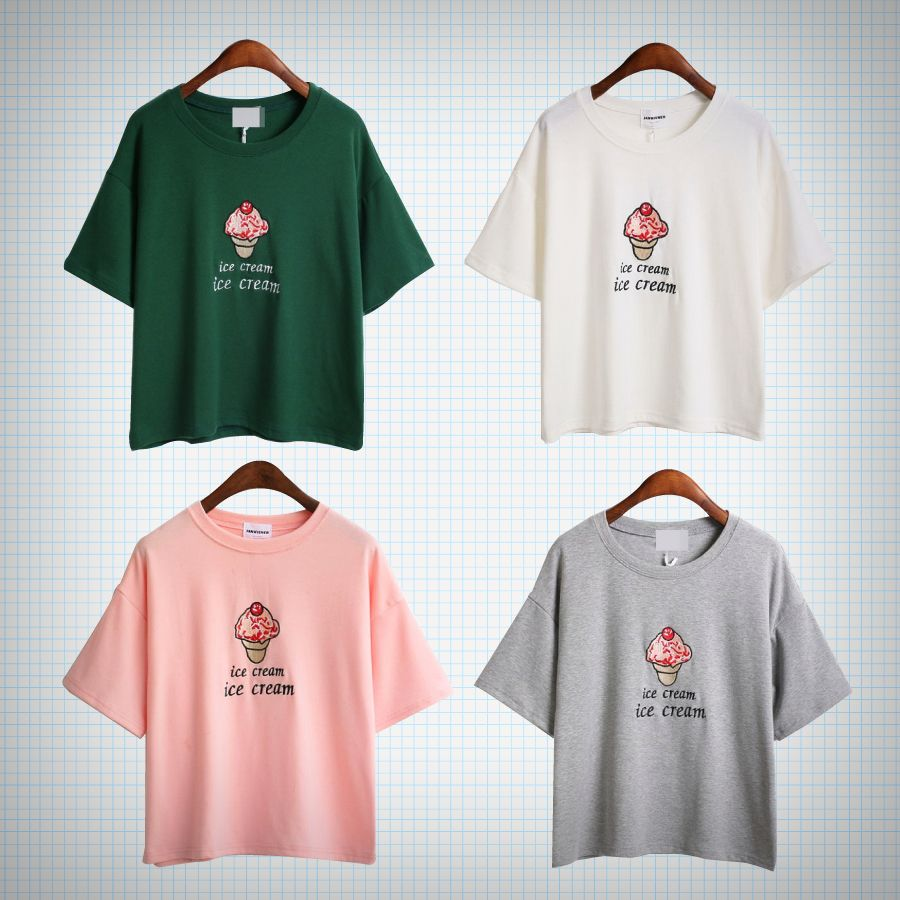 T-shirt with pink ice cream embroidery! Available in pink, grey, white and green.  Measurements: Chest - 50cm   Length - 54cm   Shoulders - 50cm  Sleeves - 16cm