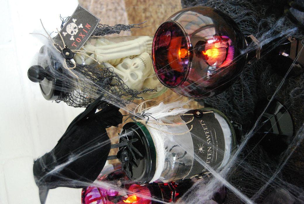 homemade diy halloween scary decor home decor tea lights jars - my halloween decorations