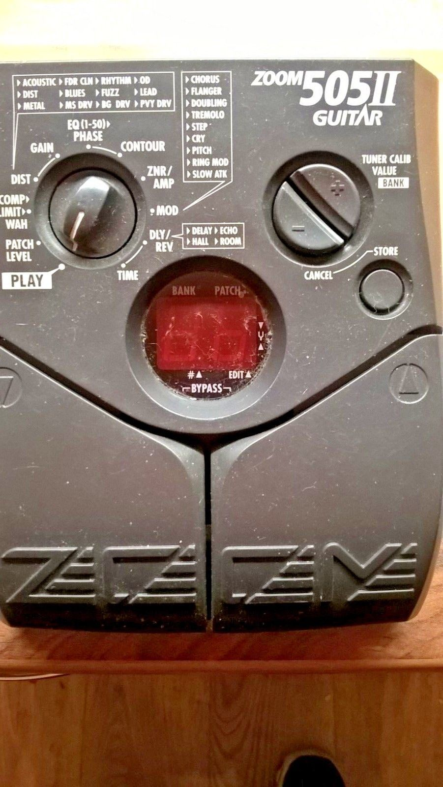 Zoom 505II guitar multi effects pedal unit | Guitar Effects