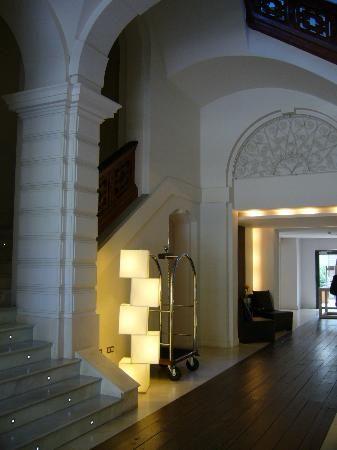 Hospes Palau de la Mar Hotel: Interior hotel. Valencia is great..