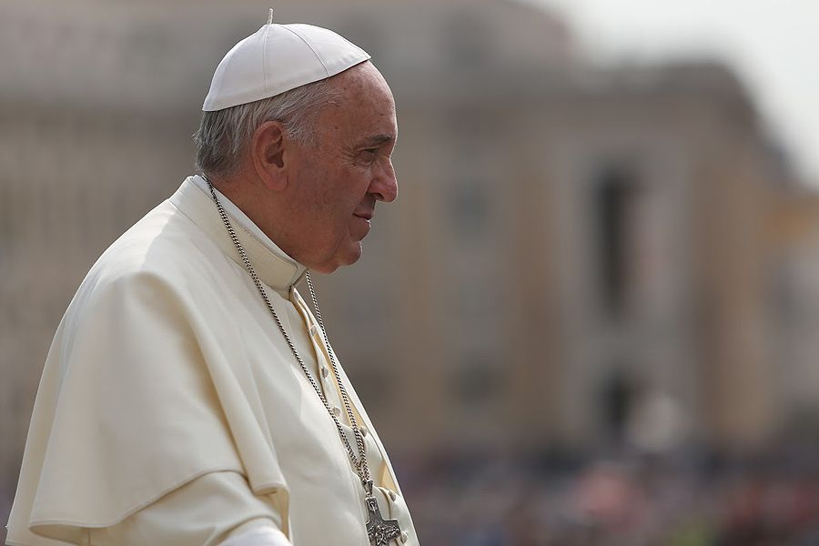Pope Francis To Parents Come Out Of Exile And Educate Your Children Pope Francis When Someone Dies Pope