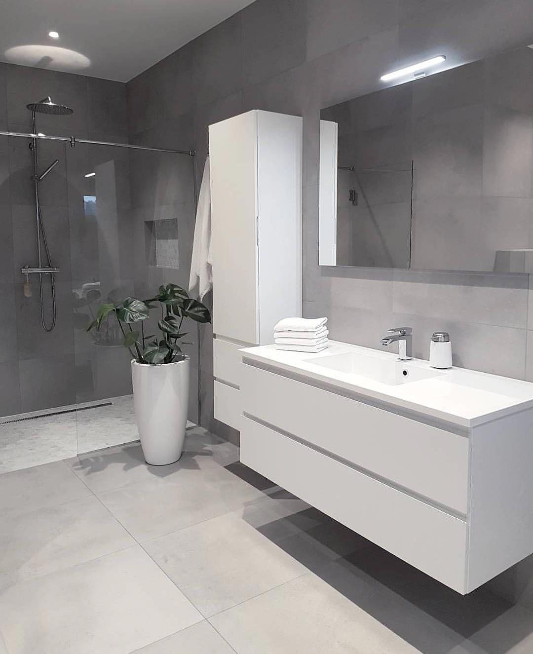4 Piece Ceramic Bathroom Accessory Set White With Black Lines