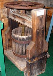 Cider Press For Sale >> Antique Cider Press From The 1860s In The National Apple Museum
