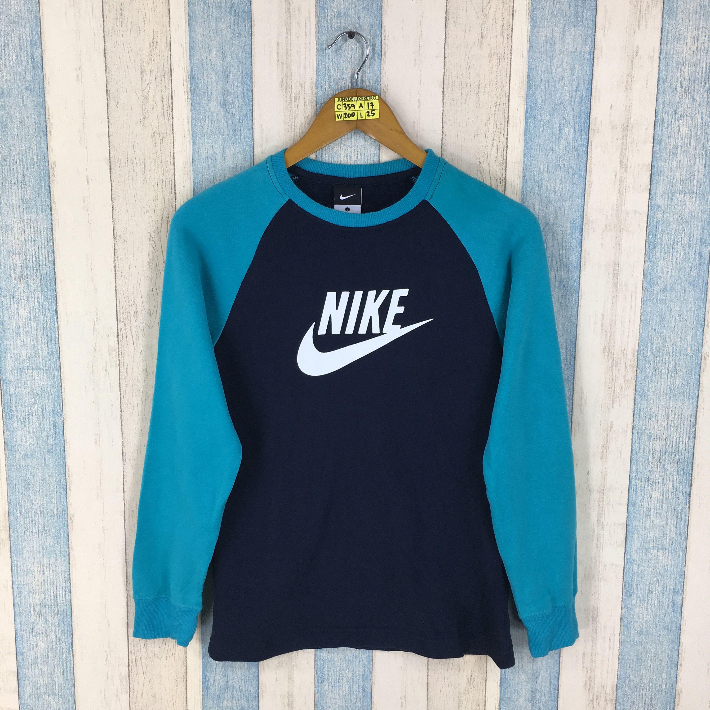 Nike Sweatshirt Youth Large Blue Vintage 1990 S Nike Swoosh Sweater Nike Sportswear Air Jordan Pullover Nike Sweatshirts Stylish Winter Outfits Nike Sportswear [ 3000 x 3000 Pixel ]