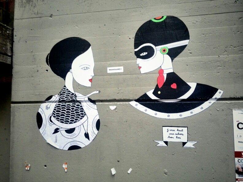 Strange Love By Fred Le Chevalier Street Art Paris 4 Rue St Merri Street Art Graffiti Street Art Paris Street Art
