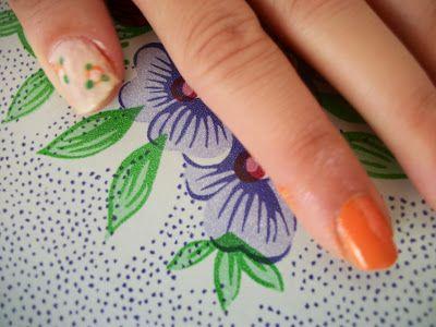 The Nails Trendy: Vintage Nails http://nailstrendy.blogspot.com.es/2013/10/vintage-nails.html