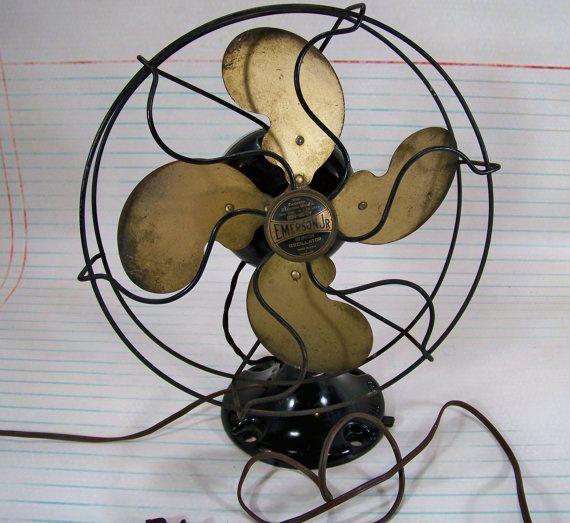 Vintage Fan Emerson Jr 10 Oscillating Fan By Sundriesandsalvage 98 00 Vintage Fans Antique Fans Oscillating Fans