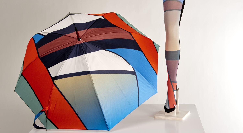 Collant Laniha assorti au parapluie. Elisabeth Malezieux