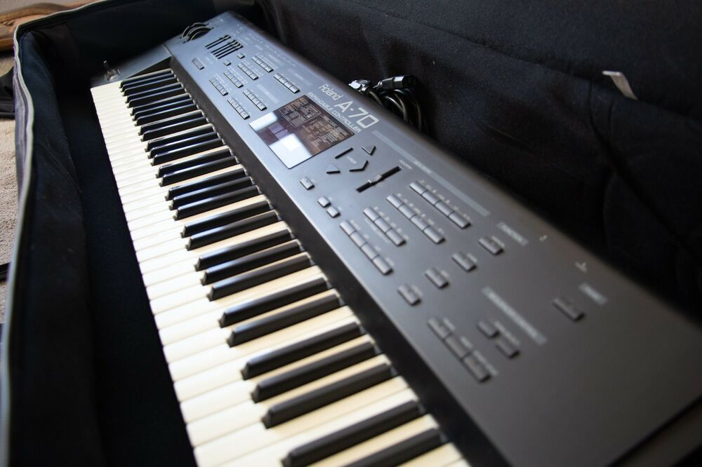 Roland A 70 Expandable Controller With Case Roland Things To Sell Ebay Control
