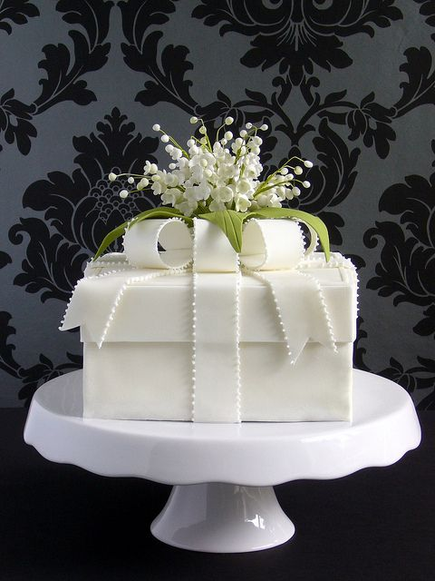 Lily Of The Valley Box Cake Wedding Cakes Pinterest Cake