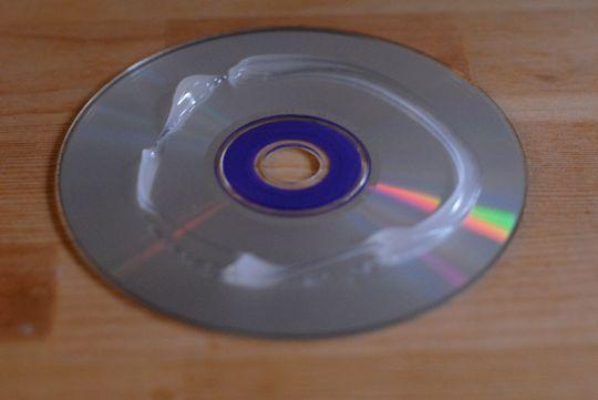 best 25 fix scratched dvds ideas on pinterest repair scratched dvds dvd scratches and. Black Bedroom Furniture Sets. Home Design Ideas