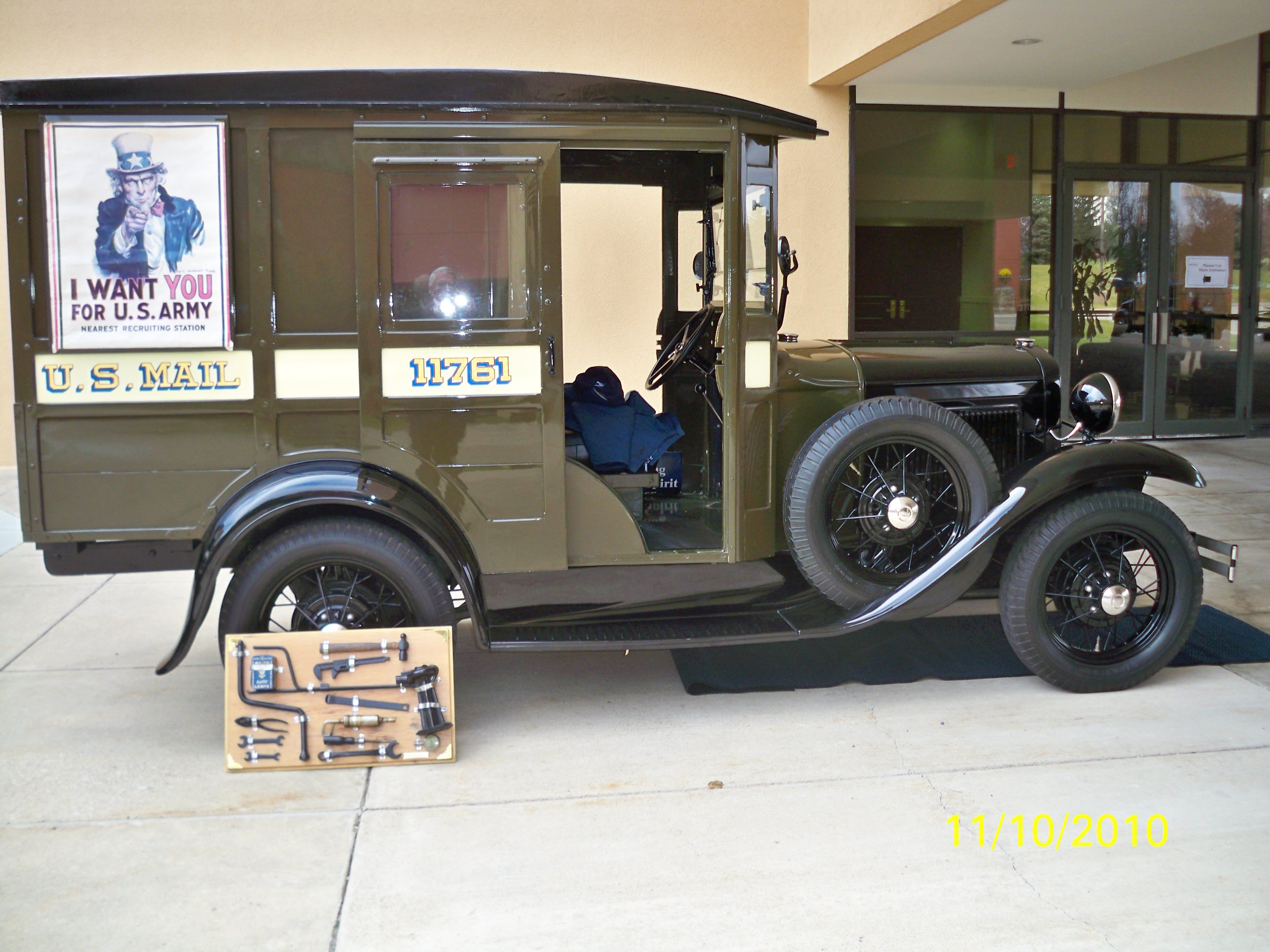 Old postal delivery vehicle a u t o s pinterest for Oficina postal mas cercana