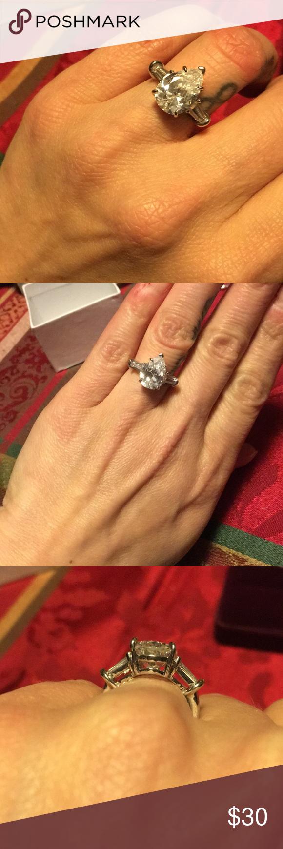 CZ 4ct pear shaped diamond ring Stunning pear shaped ring