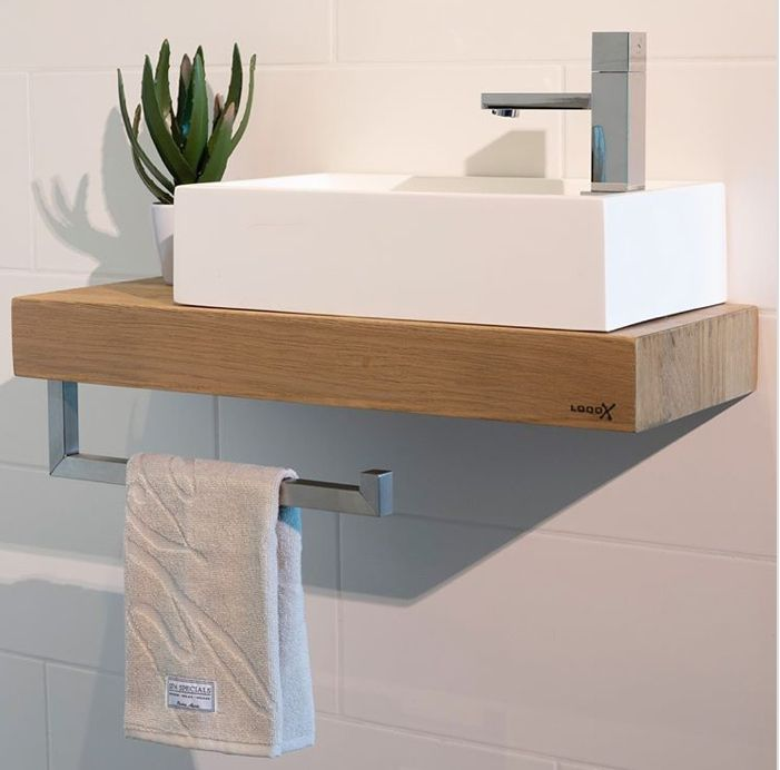 Nieuw van Looox met toiletrolhouder en handdoekhouder in 1!