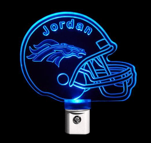 For those young boys who are having trouble getting to sleep, why not give them a football helmet night light that can be personalized with their name. Subtle and fun, they won't be embarrassed with having to keep the lights on with this around! | Hatch.co
