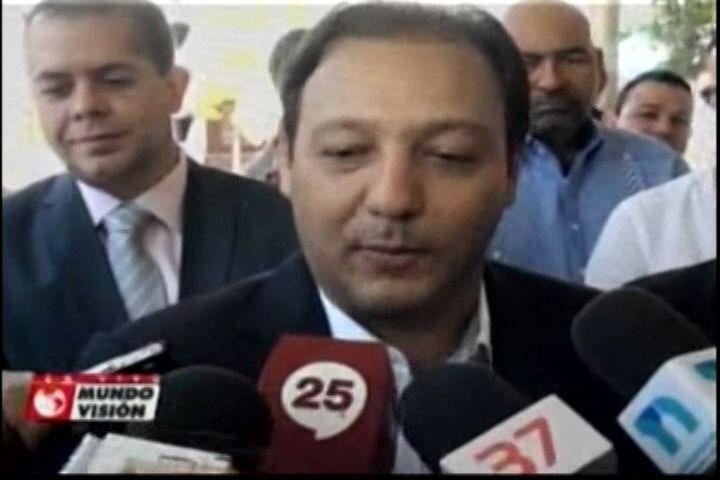El Alcalde de Santiago Abel Martínez que felicita al presidente Danilo Medína por la escogencia de los nuevos 44 miembros para su gabinete